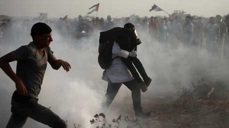 """احتجاجات """"مسيرة العودة"""" قرب الحدود بين قطاع غزة وإسرائيل"""