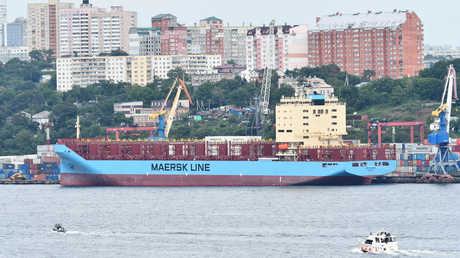 سفينة Venta Maersk في ميناء فلاديفوستوك