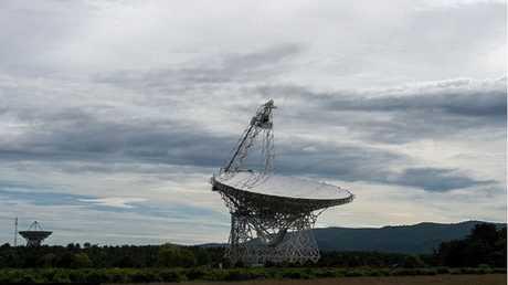 رصد إشارات غامضة قادمة من مليارات السنين الضوئية!