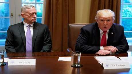 دونالد ترامب وجيمس ماتيس