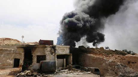 موقع غارة جوية على منطقة في محافظة إدلب