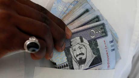 السعودية تستثمر مليار دولار لإطلاق أولى سياراتها الكهربائية