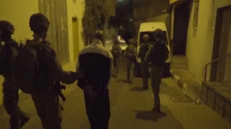 مقتل فلسطيني خلال اعتقاله في الضفة