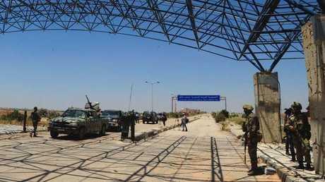 معبر نصيب بين الأردن وسوريا