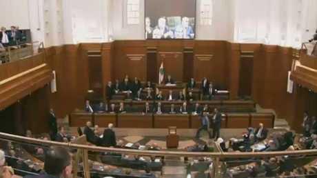 لبنان.. جدل حول عقد جلسة تشريعية
