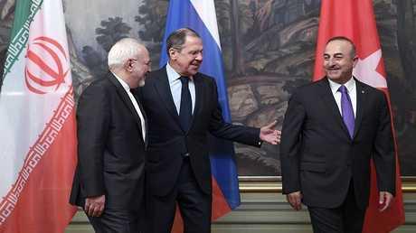 لقاء وزراء خارجية روسيا وتركيا وإيران (صورة من الأرشيف)