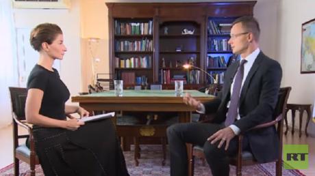 حديث وزير الخارجية الهنغاري بيتير سيارتو لقناة RT
