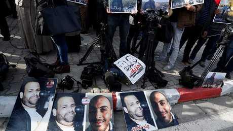 للصحفيين التونسيين نذير القطاري وسفيان الشورابي