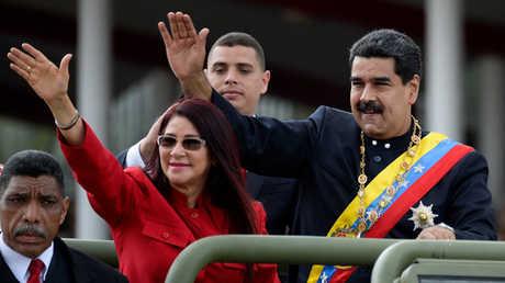 الرئيس الفنزويلي نيكولاس مادورو وزوجته سيليا أديلا فلوريس