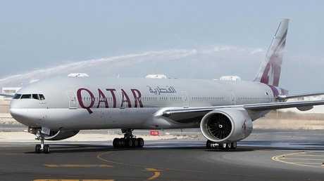 طفل أمريكي يلقى حتفه على متن طائرة قطرية