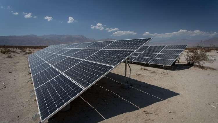 السعودية تنوي استثمار 200 مليار دولار في الطاقة الشمسية