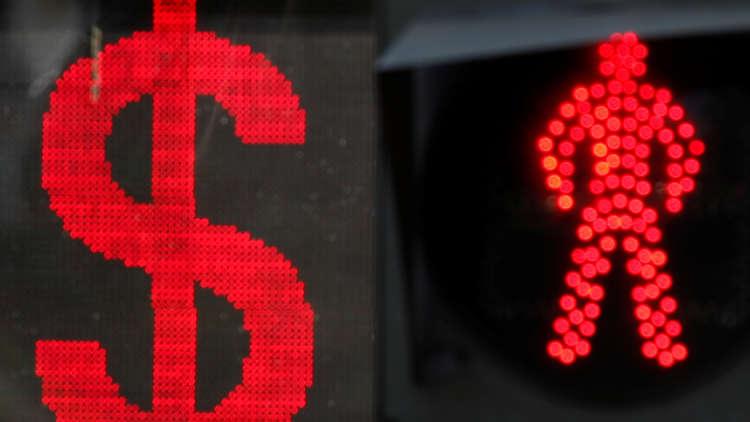 بوتين: سياسة واشنطن تقوض الثقة في الدولار