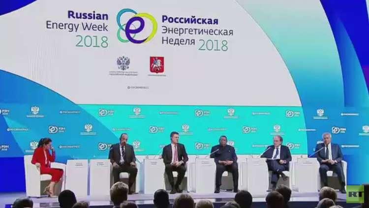 روسيا والسعودية تؤكدان استمرار تعاونهما للمحافظة على استقرار أسعار النفط