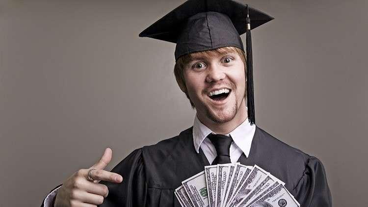 بماذا يتميز الطلاب الأغنياء عن نظرائهم الفقراء؟