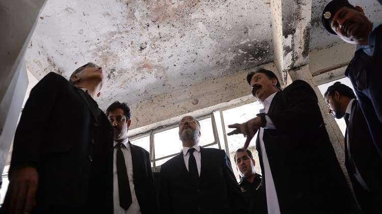 عزل قاض باكستاني اتهم الاستخبارات بـ