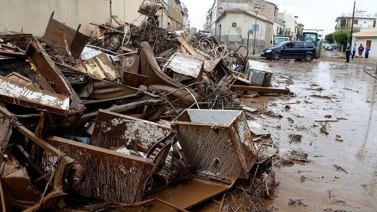 ارتفاع ضحايا فيضانات مايوركا الإسبانية إلى 12 قتيلا