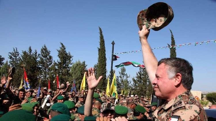 الملك عبد الله يفاجئ قيادة أحد ألوية جيشه!