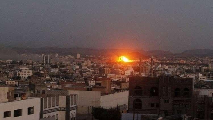 مصدر حوثي: مقتل وإصابة عشرات المدنيين في الحديدة بغارات للتحالف