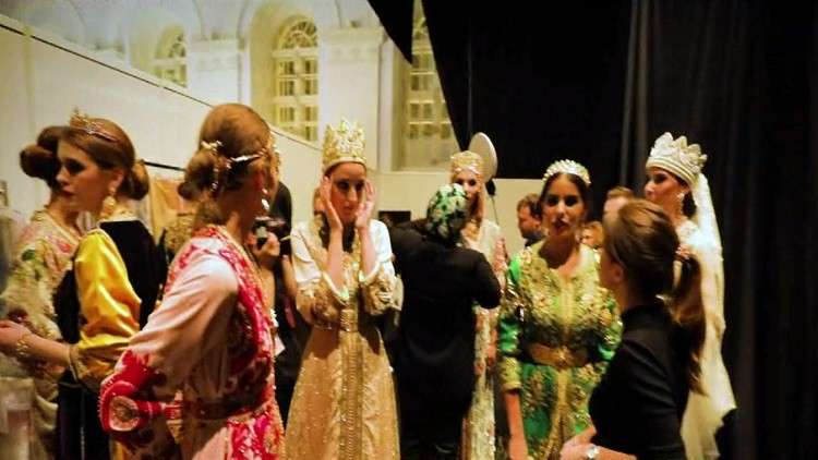 عرض للأزياء الشرقية في موسكو