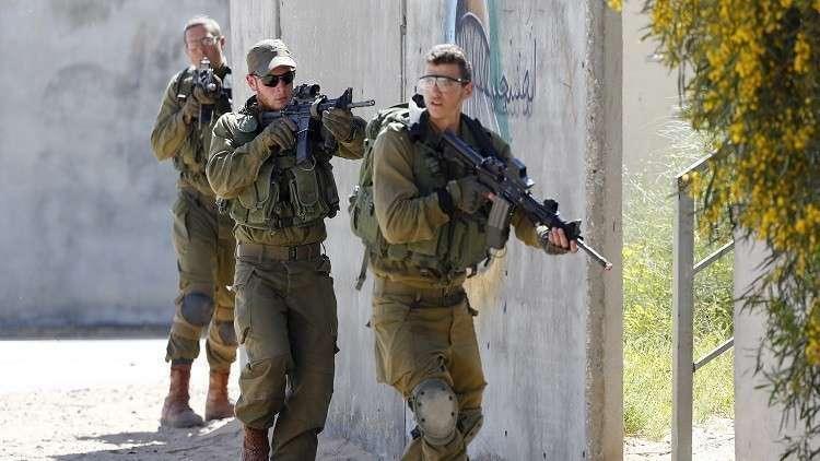 السلطات الإسرائيلية تتهم محافظ القدس ومدير الاستخبارات الفلسطينية بـ
