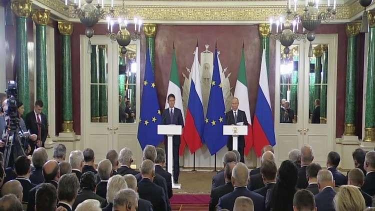 بوتين يحذر من الخروج من معاهدة الصواريخ