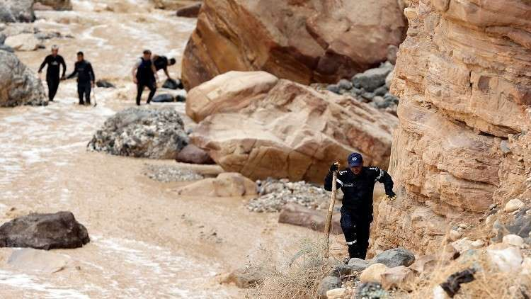 أول دعوى قضائية بحق وزير التعليم على خلفية كارثة البحر الميت