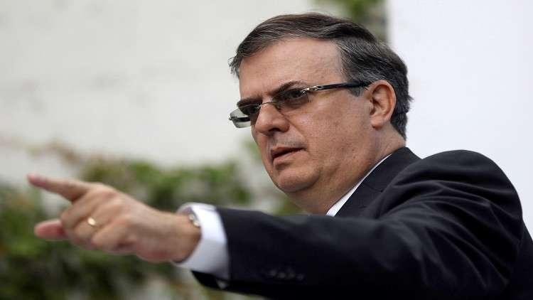 المكسيك تصر على دعوة مادورو إلى مراسم تنصيب رئيسها الجديد