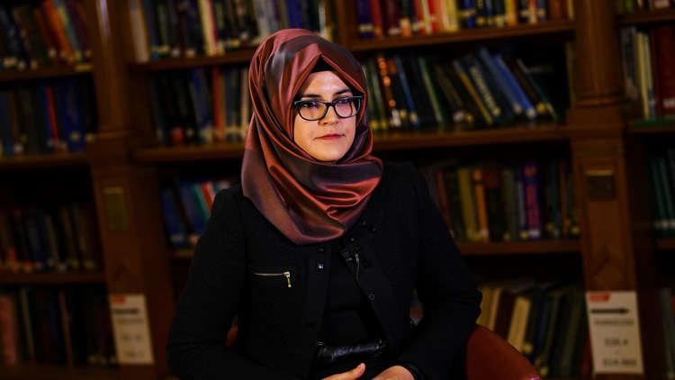 خديجة جنكيز تبعث برسالة وشمعة إلى روح خاشقجي بمناسبة العام الجديد