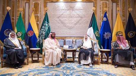 الخارجية الكويتية ترد على أنباء فشل زيارة محمد بن سلمان