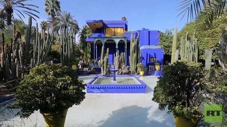 حديقة ماجوريل .. عندما يصبح الأزرق رمزاً للجمال
