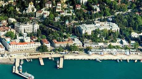 مدينة يالطا الروسية في شبه جزيرة القرم