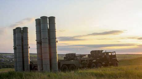 """منظومة روسية للدفاع الجوي من طراز """"إس - 300"""""""