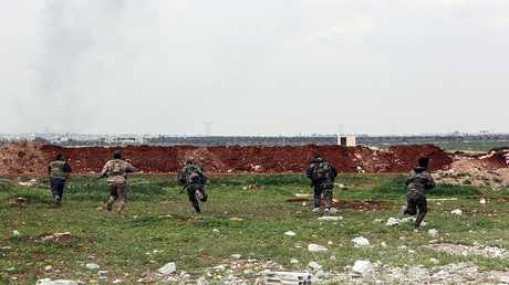 عناصر القوات الحكومية السورية في محافظة حماة (صورة من الأرشيف)