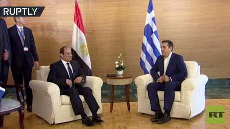 لحظة لقاء الرئيس المصري السيسي مع نظيريه اليوناني والقبرصي