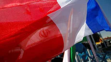 علم فرنسا - أرشيف -