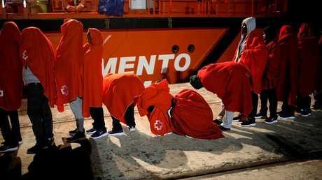 إسبانيا توقف 4 من مهربي البشر إلى أراضيها عبر المتوسط