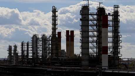 روسيا تقنّن الوقود لبيلاروس