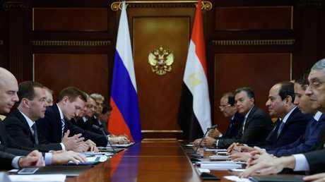 الرئيس المصري ورئيس الوزراء الروسي