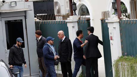 أمام منزل القنصل السعودي في إسطنبول