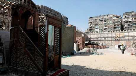 مسجد بيبرس في القاهرة بمصر