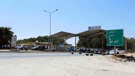 مدخل العاصمة طرابلس  - أرشيف