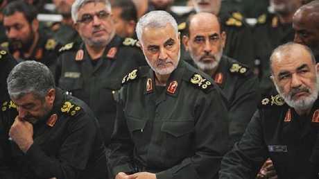 اللواءقاسم سليمانيقائد فيلق القدس بالحرس الثوري الإيراني