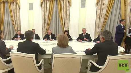 لقاء بين الرئيس الروسي فلاديمير بوتين والمستشار الأمريكي لشؤون الأمن القومي جون بولتون