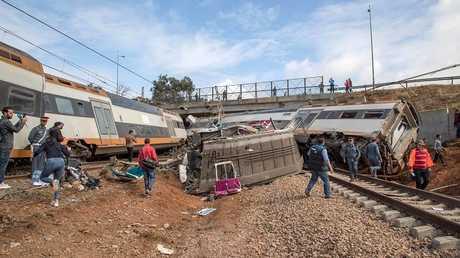 المغرب.. توجيه الاتهام إلى سائق القطار في الحادث الذي أودى بحياة 7 أشخاص