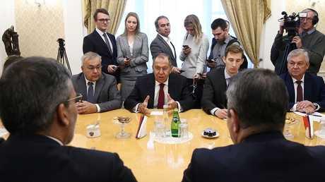 لقاء وزير الخارجية الروسي سيرغي لافروف مع ممثلي
