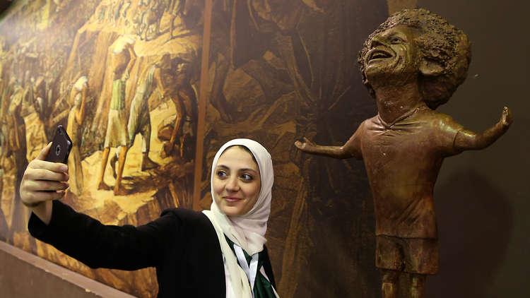 صلاح يتواصل مع صاحبة تمثال أثار جدلا واسعا