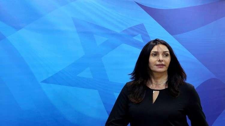 تمثال ساخر لوزيرة الثقافة الإسرائيلية وسط تل أبيب