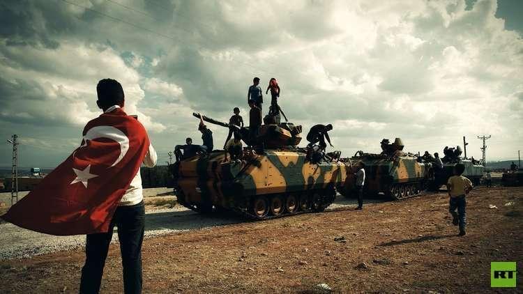 إصابة 25 جنديا تركيا بإطلاق ذخيرة حية