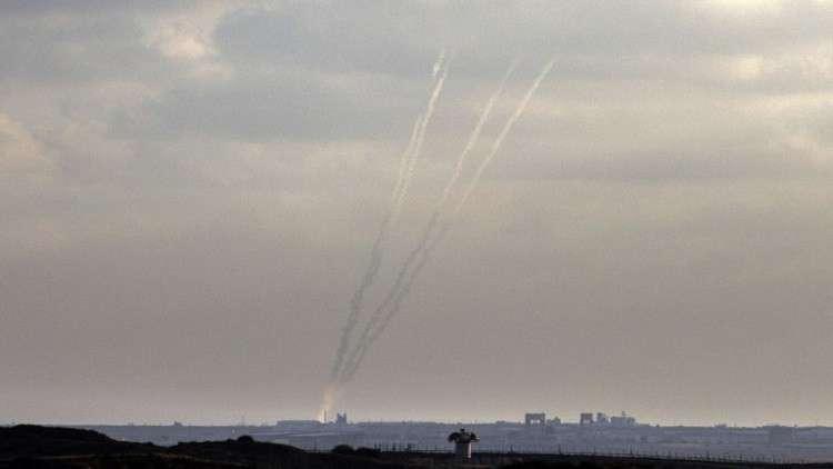 مقتل 3 فلسطينيين في قطاع غزة والفصائل تطلق عشرات القذائف الصاروخية على المستوطنات