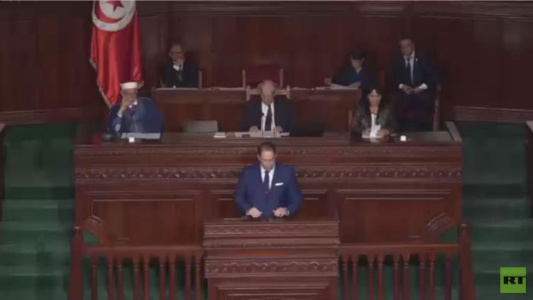 نداء تونس تقيل 5 نواب بعد تعديل الحكومة